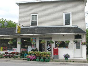 Yarker General Store 481x419